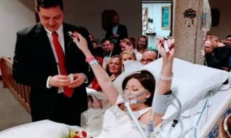 Heather Puts her Hands in the Air When She Married Dave