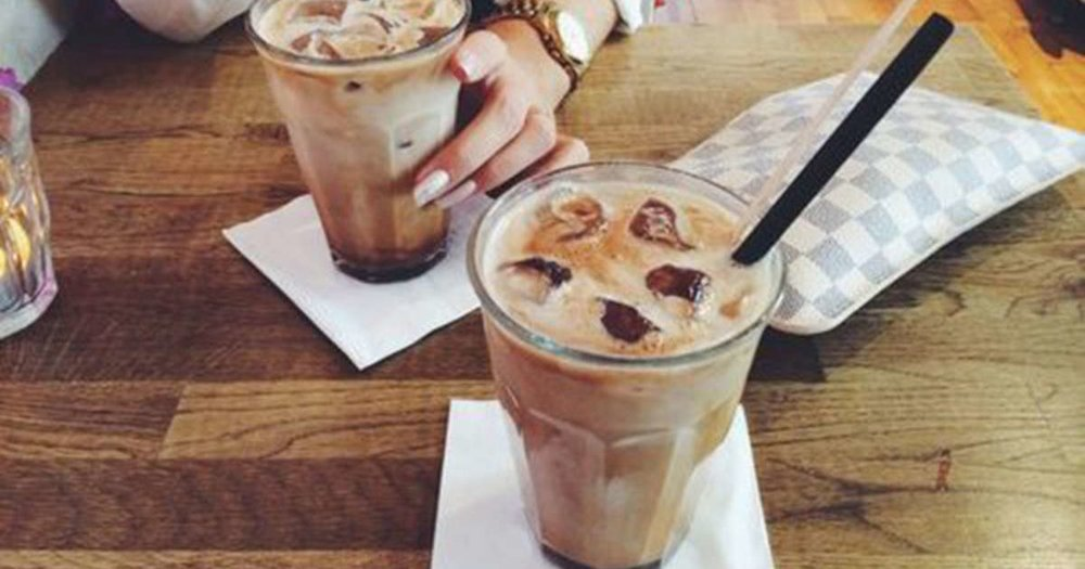Most people believe drinking cold coffee is gentler on our stomach due to it containing less acidity.