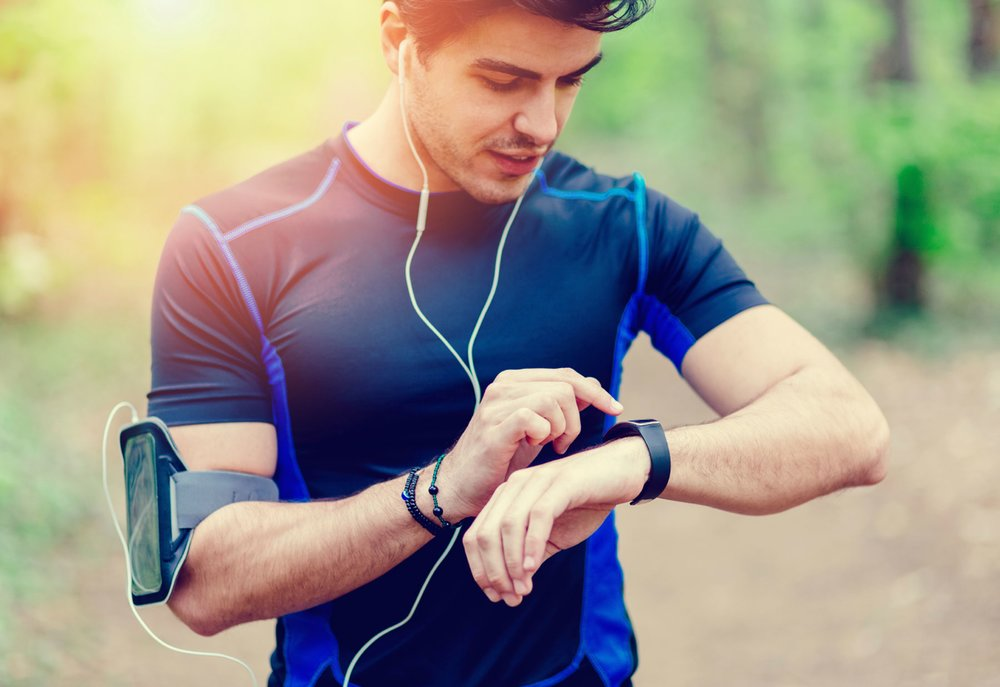 Having a fitness app helps track your physical activities, diet plan, and water consumption to monitor your fitness progress.