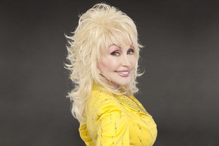 Parton says she and Carl take their vows to love each other and be together seriously. They remind each other of their promises whenever their relationship is on the rocks.