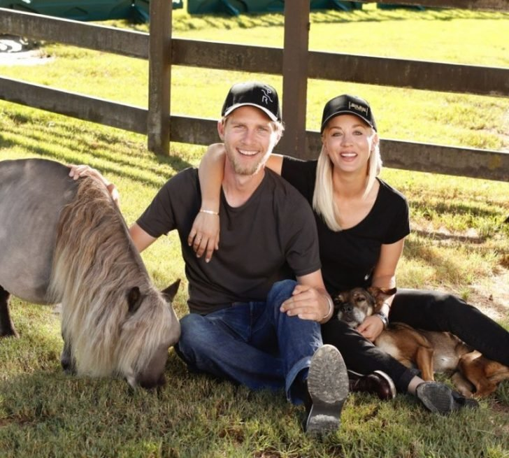 Both Cuoco and Cook share their mutual love towards horses and animals.