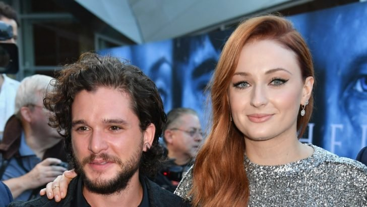 Kit's co-GOT stars expressed their support for Kit's decision and they hope the actor fully recovers soon.